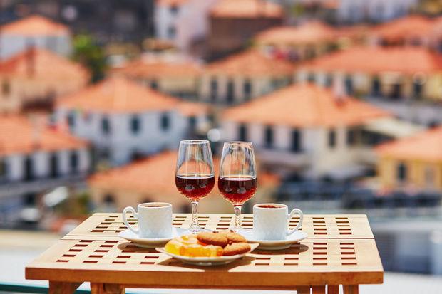 Deux verres de vin de madère, Madère (Portugal)