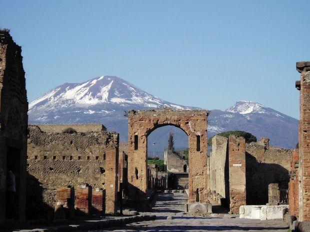 Combinez une visite à Naples et à Pompéi