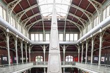 Les Halles Saint-Géry, où on joue toujours aux échecs.