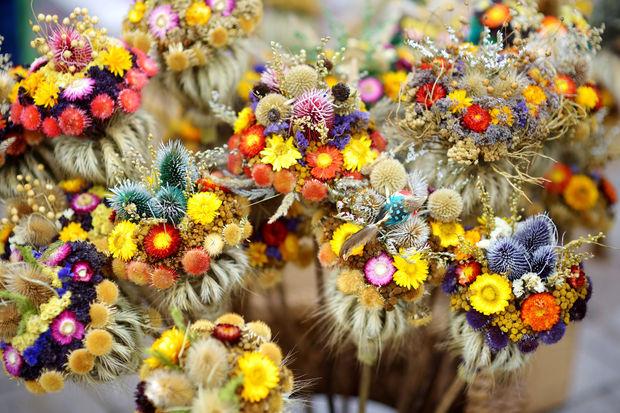 s cher les plus belles fleurs du jardin tout en gardant la fra cheur de leurs coloris. Black Bedroom Furniture Sets. Home Design Ideas
